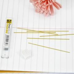 日本百乐(PILOT)彩色活动铅笔芯/自动铅芯 0.7mm黄色 6根装 PLCR-7-Y原装进口
