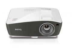 明基(BenQ)TH670 1080P画质商用投影机 商用骑兵