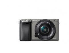 索尼(SONY)微单ILCE-6000L套装(原装电池2块+原装充电器1个+相机包1个+64G内存卡1个+UV镜1个)货号100.ZL1