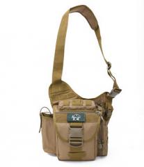 多功能战术斜挎包户外鞍袋包男迷彩单肩摄影相机包腰包女 货号100.C38 黑色
