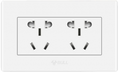 公牛118型开关插座多功能墙壁插座家用二位五孔六孔电源插座面板 货号100.MZ